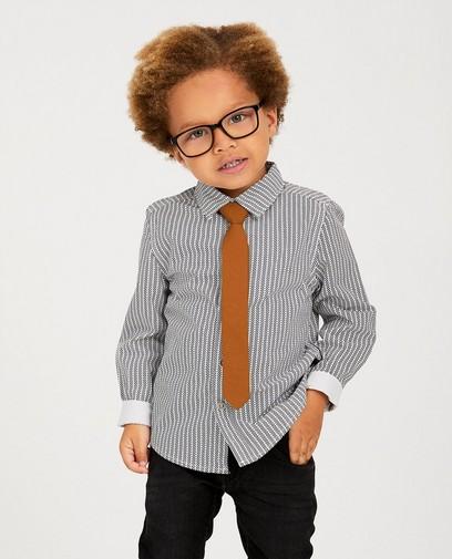 Wit hemd met streepjes + stropdas