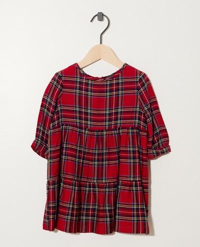 Rotes Kleid mit Karomuster