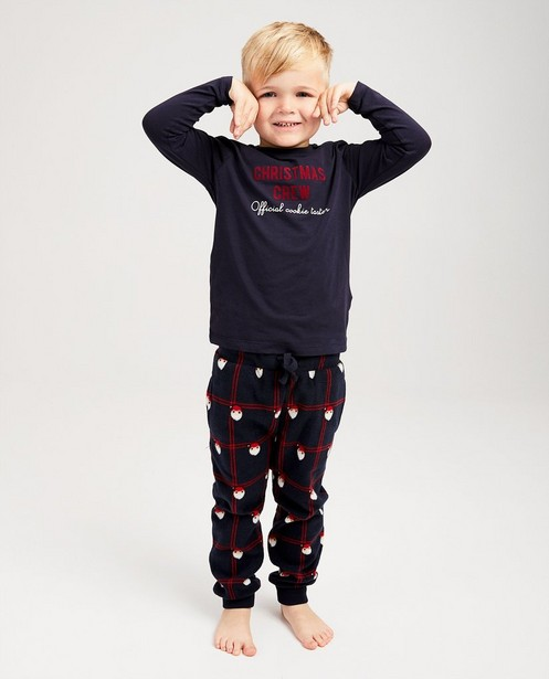 Blauer Weihnachtspyjama - #familystoriesJBC - JBC