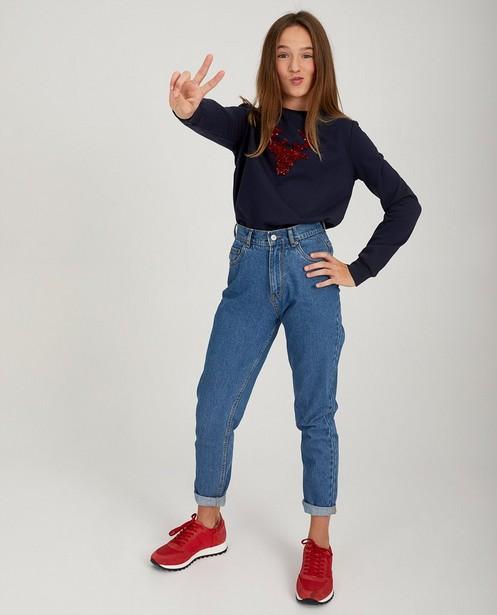 Blauwe rendier-sweater - met rode pailletten - JBC