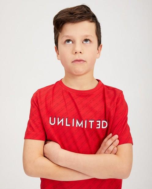 T-shirts - Rood T-shirt met opschrift