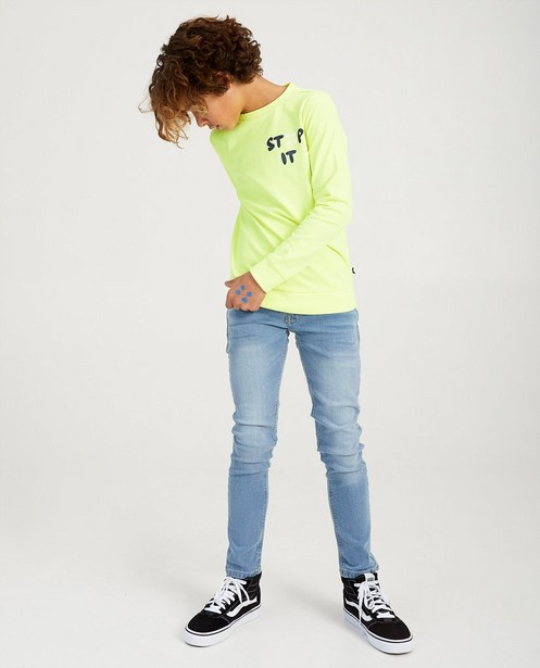 Fluogele STIP IT-sweater Ketnet - tegen pesten - Ketnet