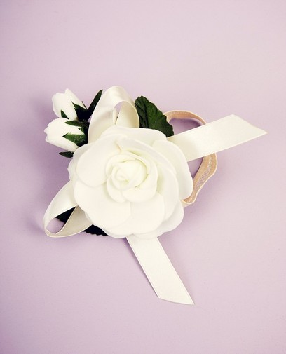 Accessoire fleuri Communion