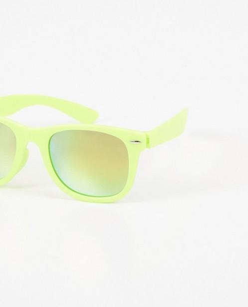 Zonnebrillen - Zonnebril met fluogeel montuur