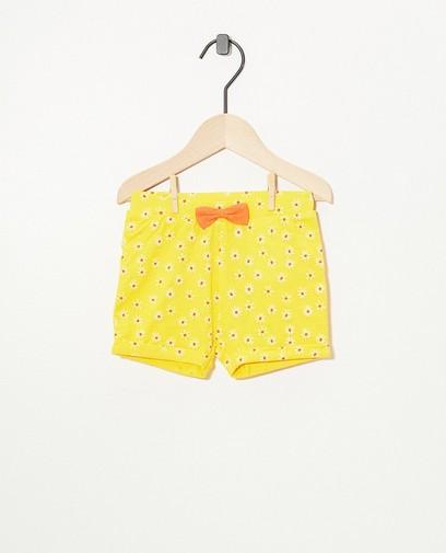 Gelbe Shorts mit Print