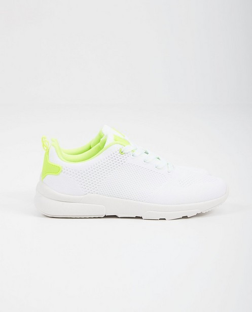 Baskets blanches, 33-38 - null - BBXR By Bullboxer