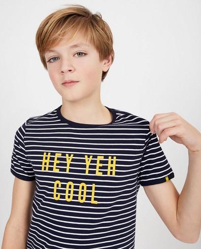 T-shirt bleu foncé à inscription