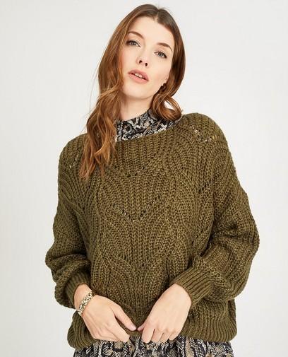 Groene trui met ajourpatroon