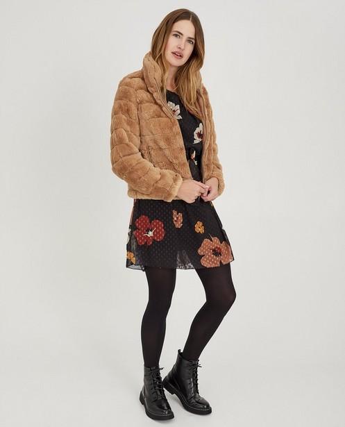 Beige faux fur jas Ella Italia - kort model - ella