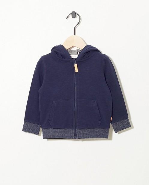 Blauw vest - met rits en kap - Cuddles and Smiles