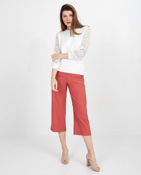 Witte trui met kanten detail - aan de mouwen - pari