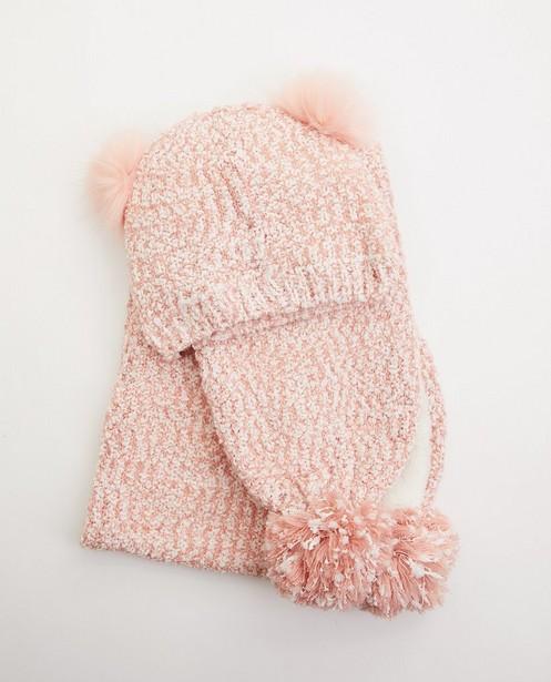 Set aus rosa Schal und Mütze - mit Bommeln - JBC