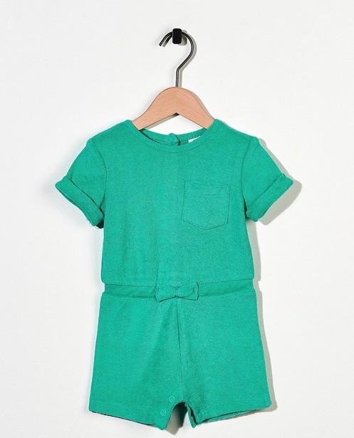 Groene jumpsuit van spons - met strikje - Cuddles and Smiles