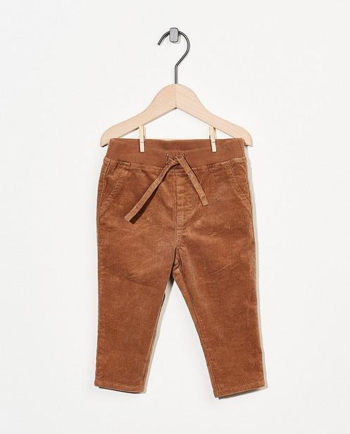 Cognackleurige broek in ribfluweel - fijne rib - Cuddles and Smiles
