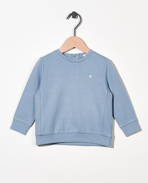 Lichtblauwe sweater - met ribdetail - Cuddles and Smiles