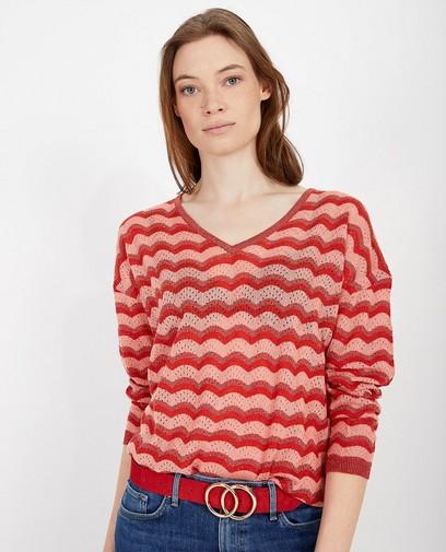 Pull tricoté rose et rouge