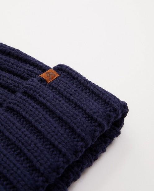 Bonneterie - Bonnet bleu foncé à relief côtelé