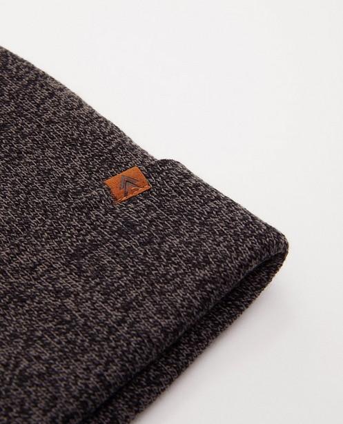 Bonneterie - Bonnet noir et gris en tricot