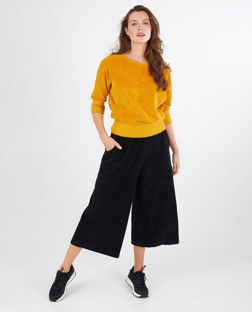 Okergele sweater Froy en Dind - milieuvriendelijk - Froy en Dind