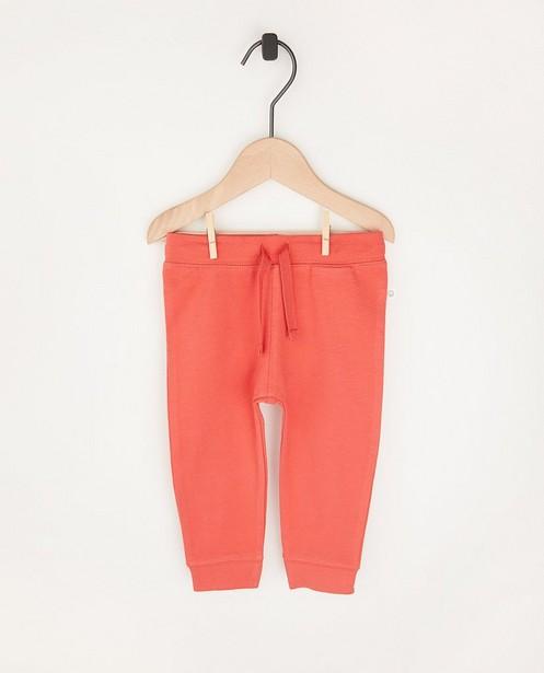 Pantalon molletonné rouge en coton bio - 2 pour 14,95€ - Cuddles and Smiles