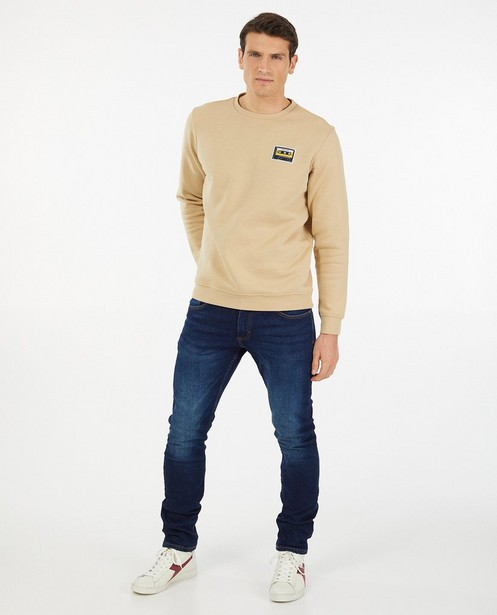 Beige sweater met patch - bevat biokatoen - Quarterback