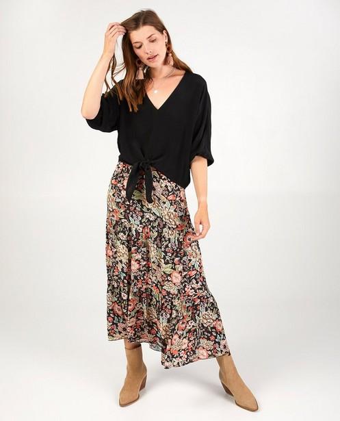 Zwarte blouse Ella Italia - met knoopdetail - Ella Italia