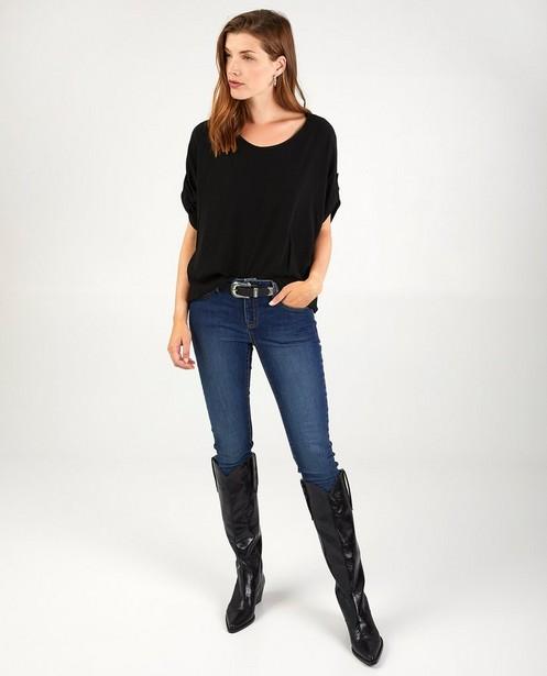 Zwarte blouse Ella Italia - met boothals - Ella Italia
