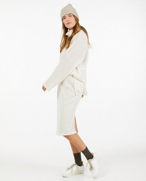 Jupe en tricot écru Ella Italia - avec une fente - Ella Italia